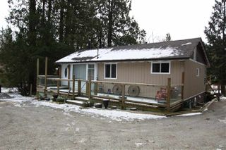 "Main Photo: 29750 DEWDNEY TRUNK Road in Mission: Stave Falls House for sale in ""STAVE FALLS"" : MLS®# R2339911"