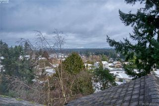Photo 31: 3371 Mary Anne Cres in VICTORIA: Co Wishart South House for sale (Colwood)  : MLS®# 806532