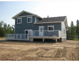 Photo 10: 8175 SUNHILL RD in Prince_George: Pineview House for sale (PG Rural South (Zone 78))  : MLS®# N191993