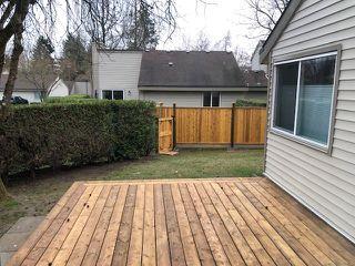 "Photo 14: 6169 W GREENSIDE Drive in Surrey: Cloverdale BC Townhouse for sale in ""Greenside"" (Cloverdale)  : MLS®# R2351893"