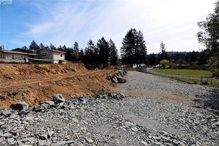 Photo 7: 997 Springhill Rd in VICTORIA: La Glen Lake Land for sale (Langford)  : MLS®# 809629