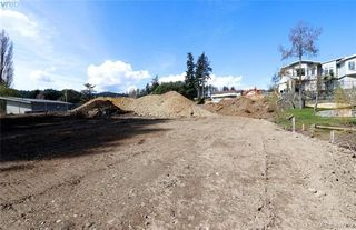 Photo 14: 997 Springhill Rd in VICTORIA: La Glen Lake Land for sale (Langford)  : MLS®# 809629
