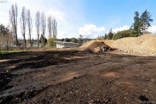 Photo 5: 997 Springhill Rd in VICTORIA: La Glen Lake Land for sale (Langford)  : MLS®# 809629