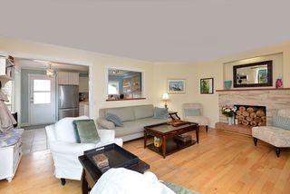 Photo 7: 4753 WHITAKER Road in Sechelt: Sechelt District House for sale (Sunshine Coast)  : MLS®# R2358197