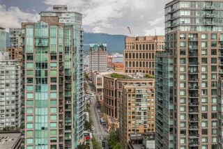 "Photo 9: 3104 939 HOMER Street in Vancouver: Yaletown Condo for sale in ""The Pinnacle"" (Vancouver West)  : MLS®# R2363870"