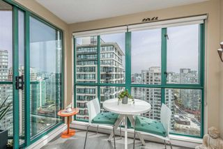 "Photo 7: 3104 939 HOMER Street in Vancouver: Yaletown Condo for sale in ""The Pinnacle"" (Vancouver West)  : MLS®# R2363870"