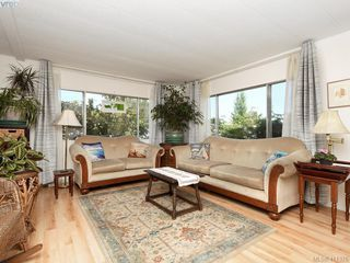 Photo 2: 9 1498 Admirals Road in VICTORIA: VR Glentana Manu Double-Wide for sale (View Royal)  : MLS®# 411376