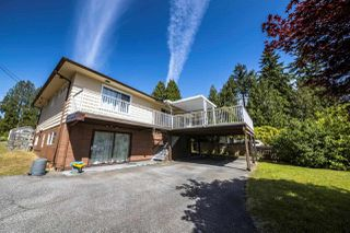 """Photo 2: 1932 QUEENSBURY Avenue in North Vancouver: Boulevard House for sale in """"GRAND BOULEVARD"""" : MLS®# R2376662"""