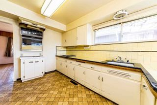 """Photo 7: 1932 QUEENSBURY Avenue in North Vancouver: Boulevard House for sale in """"GRAND BOULEVARD"""" : MLS®# R2376662"""