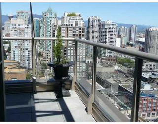 Photo 7: PH2 1188 RICHARDS Street in Vancouver West: Home for sale : MLS®# V667274