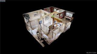 Photo 2: 1757 Richardson St in VICTORIA: Vi Fairfield West Half Duplex for sale (Victoria)  : MLS®# 824357