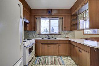 Photo 3: 7031 137 Avenue in Edmonton: Zone 02 House for sale : MLS®# E4181503