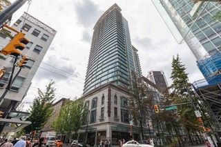 """Photo 2: 1815 610 GRANVILLE Street in Vancouver: Downtown VW Condo for sale in """"The Hudson"""" (Vancouver West)  : MLS®# R2433785"""