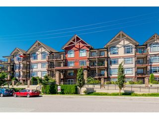 "Photo 1: 217 19939 55A Avenue in Langley: Langley City Condo for sale in ""MADISON CROSSING"" : MLS®# R2434033"