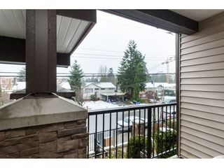 "Photo 5: 217 19939 55A Avenue in Langley: Langley City Condo for sale in ""MADISON CROSSING"" : MLS®# R2434033"