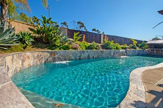 Photo 7: RANCHO SAN DIEGO House for sale : 3 bedrooms : 11781 Calle Trucksess in El Cajon