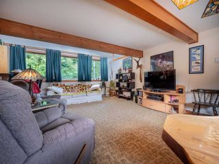 "Photo 10: 7975 COOPER Road in Halfmoon Bay: Halfmn Bay Secret Cv Redroofs House for sale in ""Welcome Woods"" (Sunshine Coast)  : MLS®# R2435508"