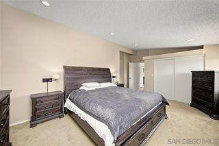 Photo 9: JAMUL House for sale : 4 bedrooms : 16044 Lilac Wood Lane