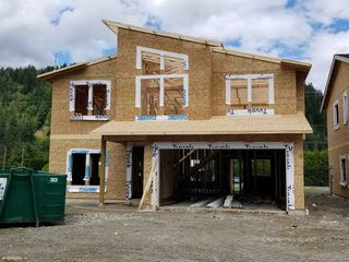 "Main Photo: 65523 SKYLARK Lane in Hope: Hope Kawkawa Lake House for sale in ""Wildflowers at Skylark Lane"" : MLS®# R2463069"
