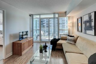 Photo 2: 712 15 Singer Court in Toronto: Bayview Village Condo for sale (Toronto C15)  : MLS®# C4800880
