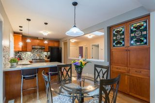 """Photo 5: 1553 MARINE Crescent in Coquitlam: Harbour Place House for sale in """"HARBOUR PLACE"""" : MLS®# R2476651"""