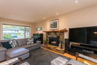 """Photo 10: 1553 MARINE Crescent in Coquitlam: Harbour Place House for sale in """"HARBOUR PLACE"""" : MLS®# R2476651"""