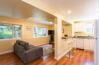"""Photo 17: 1553 MARINE Crescent in Coquitlam: Harbour Place House for sale in """"HARBOUR PLACE"""" : MLS®# R2476651"""