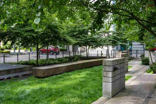 Photo 3: 701 111 E 1ST AVENUE in Vancouver: Mount Pleasant VE Condo for sale (Vancouver East)  : MLS®# R2474344