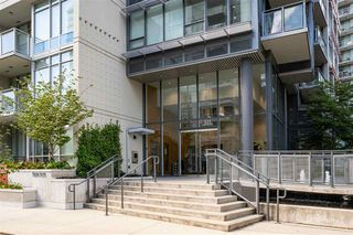 Photo 1: 701 111 E 1ST AVENUE in Vancouver: Mount Pleasant VE Condo for sale (Vancouver East)  : MLS®# R2474344