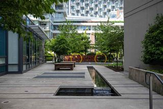 Photo 2: 701 111 E 1ST AVENUE in Vancouver: Mount Pleasant VE Condo for sale (Vancouver East)  : MLS®# R2474344