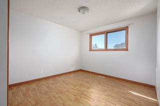 Photo 13: 23 Whitmire Road NE in Calgary: Whitehorn Detached for sale : MLS®# A1024740