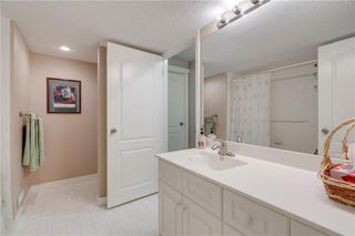 Photo 26: 66 GLENMORE Green SW in Calgary: Kelvin Grove Semi Detached for sale : MLS®# A1029652