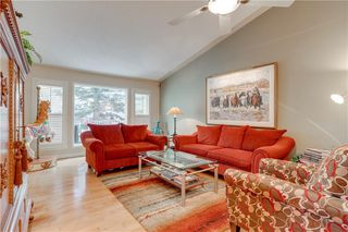 Photo 7: 66 GLENMORE Green SW in Calgary: Kelvin Grove Semi Detached for sale : MLS®# A1029652