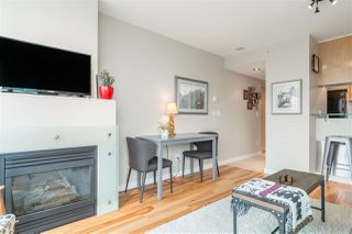 "Photo 9: 901 1003 BURNABY Street in Vancouver: West End VW Condo for sale in ""Milano"" (Vancouver West)  : MLS®# R2498436"