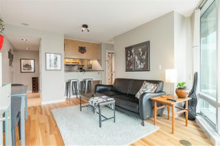"Photo 10: 901 1003 BURNABY Street in Vancouver: West End VW Condo for sale in ""Milano"" (Vancouver West)  : MLS®# R2498436"