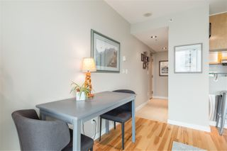 "Photo 5: 901 1003 BURNABY Street in Vancouver: West End VW Condo for sale in ""Milano"" (Vancouver West)  : MLS®# R2498436"
