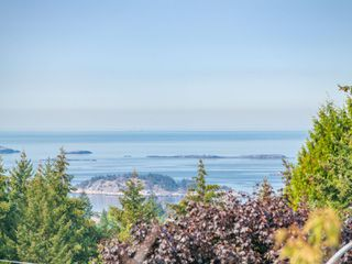 Photo 6: 5646 MALIBU Terr in : Na North Nanaimo House for sale (Nanaimo)  : MLS®# 857388