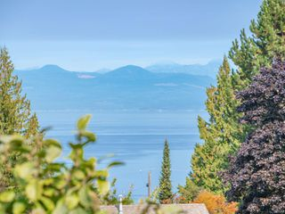 Photo 2: 5646 MALIBU Terr in : Na North Nanaimo House for sale (Nanaimo)  : MLS®# 857388