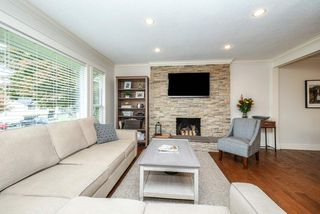 Photo 4: 12110 229 Street in Maple Ridge: East Central House for sale : MLS®# R2509800