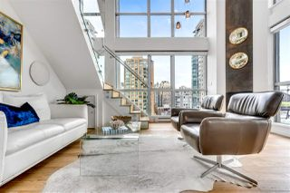"Photo 4: 1207 1238 RICHARDS Street in Vancouver: Yaletown Condo for sale in ""Metropolis"" (Vancouver West)  : MLS®# R2515222"