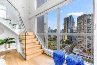 "Photo 6: 1207 1238 RICHARDS Street in Vancouver: Yaletown Condo for sale in ""Metropolis"" (Vancouver West)  : MLS®# R2515222"