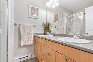 """Photo 14: 83 4401 BLAUSON Boulevard in Abbotsford: Abbotsford East Townhouse for sale in """"The Sage"""" : MLS®# R2518774"""
