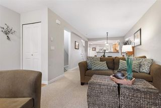 """Photo 5: 83 4401 BLAUSON Boulevard in Abbotsford: Abbotsford East Townhouse for sale in """"The Sage"""" : MLS®# R2518774"""