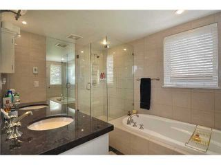 """Photo 9: 2010 W 1ST Avenue in Vancouver: Kitsilano Townhouse for sale in """"THE TOWNHOMES ON MAPLE"""" (Vancouver West)  : MLS®# V892191"""