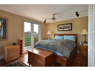"""Photo 7: 2010 W 1ST Avenue in Vancouver: Kitsilano Townhouse for sale in """"THE TOWNHOMES ON MAPLE"""" (Vancouver West)  : MLS®# V892191"""