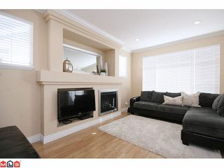 """Photo 5: 41 19330 69TH Avenue in Surrey: Clayton Townhouse for sale in """"Montebello"""" (Cloverdale)  : MLS®# F1123508"""
