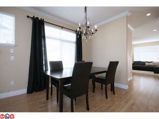 """Photo 3: 41 19330 69TH Avenue in Surrey: Clayton Townhouse for sale in """"Montebello"""" (Cloverdale)  : MLS®# F1123508"""