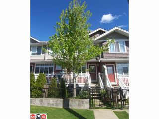 Photo 1: 25 19455 65 Avenue in Surrey: Clayton Townhouse for sale (Cloverdale)  : MLS®# F1013776