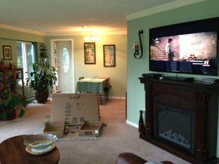 Photo 3: 114 9632 120A Street in Surrey: Cedar Hills Condo for sale (North Surrey)  : MLS®# F1302457
