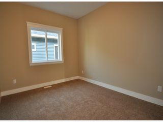 "Photo 9: 7776 TAULBUT Street in Mission: Mission BC House for sale in ""Centennial Park"" : MLS®# F1326641"